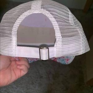 Lily print hat